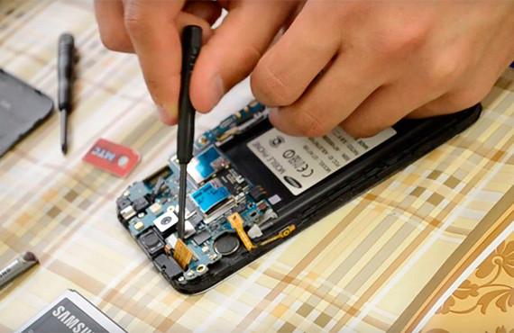 Ремонт-материнской-платы-Samsung-Galaxy1
