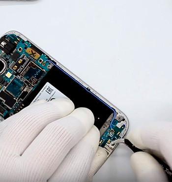 Ремонт-разъема-зарядки-синхронизации-Samsung-Galaxy1