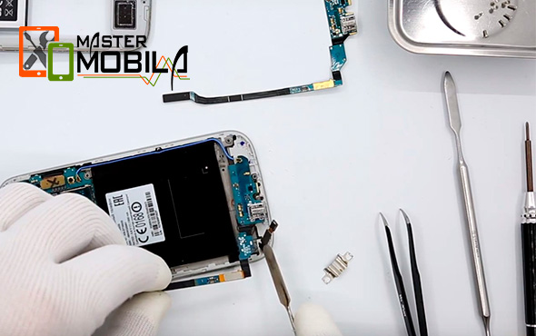 Ремонт-разъема-зарядки-синхронизации-Samsung-Galaxy3